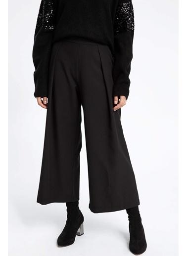 DeFacto Bol Kesim Pantolon Siyah